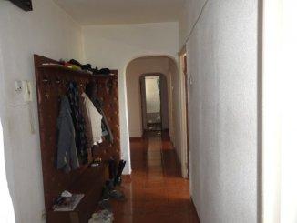proprietar vand apartament decomandat, in zona Tineretului, orasul Bucuresti