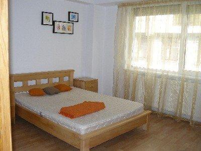 vanzare apartament cu 3 camere, semidecomandat, in zona Dorobanti, orasul Bucuresti
