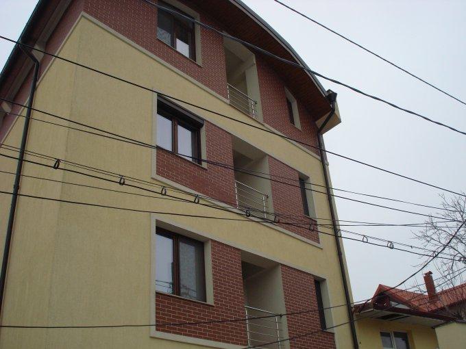 vanzare apartament cu 3 camere, decomandat, in zona Drumul Sarii, orasul Bucuresti