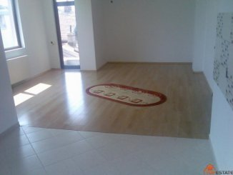 Bucuresti, zona Chibrit, apartament cu 3 camere de vanzare