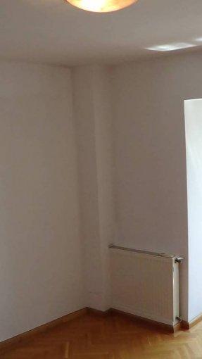 inchiriere apartament cu 3 camere, decomandat, in zona Calea Calarasilor, orasul Bucuresti