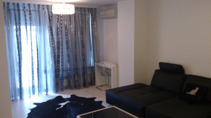vanzare apartament cu 3 camere, decomandat, in zona Aviatorilor, orasul Bucuresti