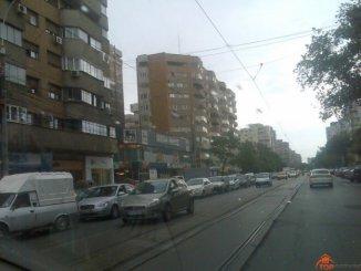 inchiriere apartament decomandata, zona 1 Mai, orasul Bucuresti, suprafata utila 75 mp