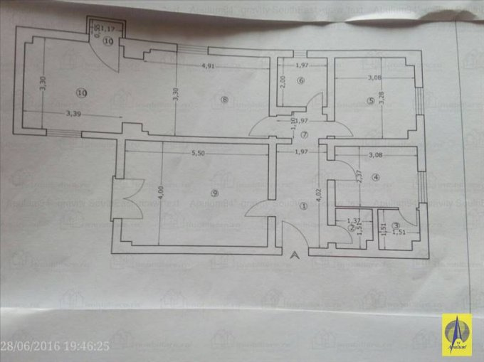 Apartament vanzare Bucuresti 3 camere, suprafata utila 92 mp, 2 grupuri sanitare, 1  balcon. 165.000 euro negociabil. Etajul 6 / 8. Destinatie: Rezidenta. Apartament Bucuresti