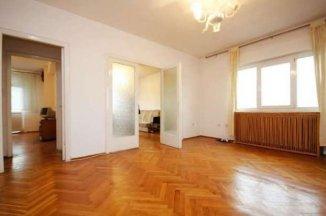 inchiriere apartament cu 3 camere, semidecomandat, in zona Romana, orasul Bucuresti