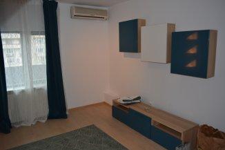 inchiriere apartament cu 3 camere, decomandat, in zona Decebal, orasul Bucuresti