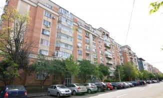 http://www.realkom.ro/anunt/vanzari-apartamente/realkom-agentie-imobiliara-calea-calarasilor-oferta-vanzare-apartament-3-camere-calea-calarasilor-delea-noua-matei-basarab/1764