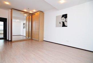 http://www.realkom.ro/anunt/vanzari-apartamente/realkom-agentie-imobiliara-unirii-oferta-vanzare-apartament-3-camere-unirii-camera-de-comert/1778