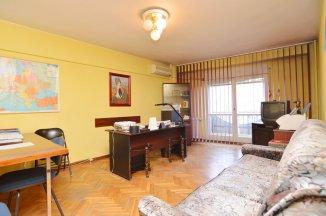 http://www.realkom.ro/anunt/vanzari-apartamente/realkom-agentie-imobiliara-unirii-oferta-vanzare-apartament-3-camere-unirii-casa-poporului/1784