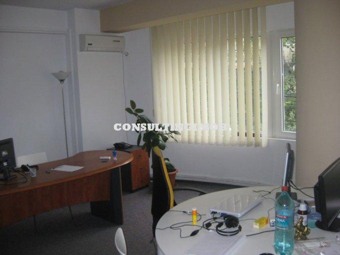 Duplex cu 3 camere de inchiriat, confort Lux, zona Piata Victoriei,  Bucuresti