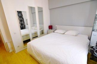 http://www.realkom.ro/anunt/vanzari-apartamente/realkom-agentie-imobiliara-calea-calarasilor-oferta-vanzare-apartament-3-camere-calea-calarasilor-delea-noua/1809