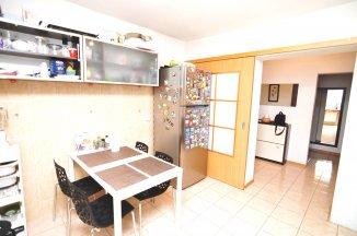 http://www.realkom.ro/anunt/vanzari-apartamente/realkom-agentie-imobiliara-unirii-oferta-vanzare-apartament-3-camere-unirii-nerva-traian/1817