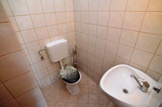 http://www.realkom.ro/anunt/inchirieri-apartamente/realkom-agentie-imobiliara-decebal-oferta-inchiriere-apartament-3-camere-decebal-zvon-cafe/1886