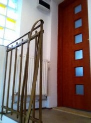 Bucuresti, zona Dorobanti, apartament cu 3 camere de inchiriat, Semi-mobilat