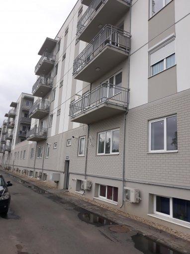 Duplex vanzare Bucuresti 3 camere, suprafata utila 88 mp, 2 grupuri sanitare, 2  balcoane. 68.000 euro negociabil. Etajul 4 / 4. Destinatie: Rezidenta. Duplex Aparatorii Patriei Bucuresti