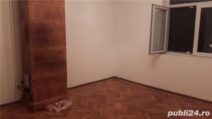 Apartament de vanzare direct de la agentie imobiliara, in Bucuresti, in zona 1 Mai, cu 170.000 euro. 1 grup sanitar, suprafata utila 100 mp.