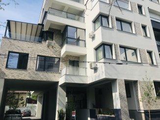 vanzare duplex cu 3 camere, decomandat, in zona Domenii, orasul Bucuresti