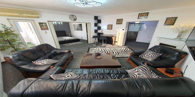 Apartament inchiriere Bucuresti 3 camere, suprafata utila 85 mp, 1 grup sanitar, 1  balcon. 700 euro negociabil. Etajul 6 / 8. Destinatie: Rezidenta, Birou, Vacanta. Apartament Unirii Bucuresti