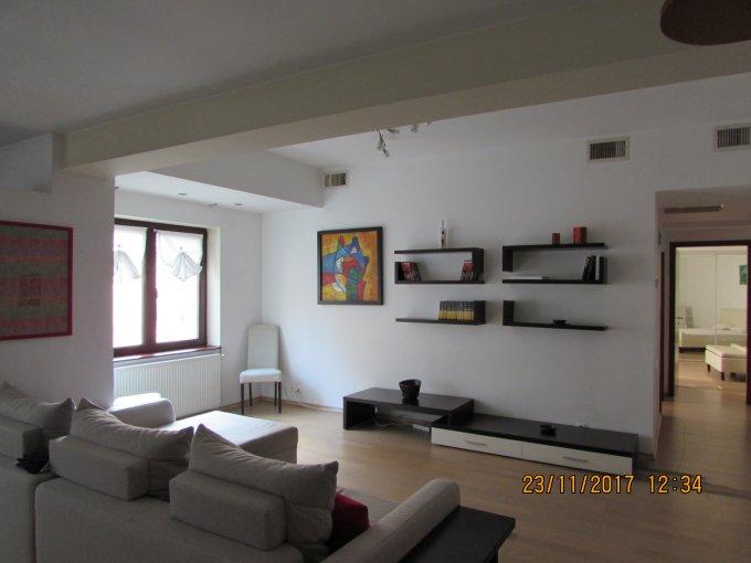 Apartament vanzare Herastrau cu 3 camere, etajul 2 / 4, 2 grupuri sanitare, cu suprafata de 100 mp. Bucuresti, zona Herastrau.
