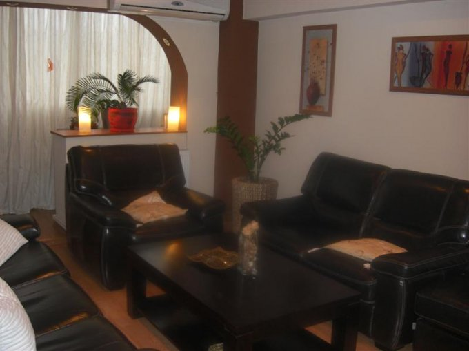 vanzare apartament semidecomandata, zona Dristor, orasul Bucuresti, suprafata utila 67 mp