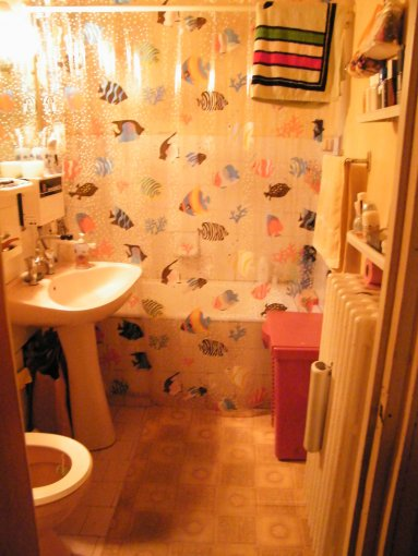 proprietar vand apartament decomandata, in zona Titan, orasul Bucuresti