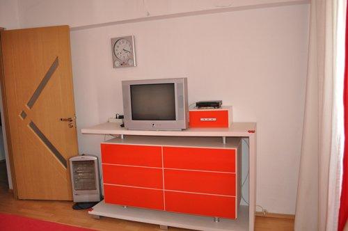 Bucuresti, zona Iancului, duplex cu 3 camere de inchiriat, Mobilata