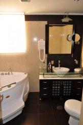 Apartament cu 3 camere de vanzare, confort Lux, zona Herastrau,  Bucuresti