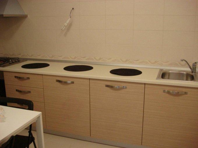 vanzare apartament cu 3 camere, semidecomandata, in zona Herastrau, orasul Bucuresti