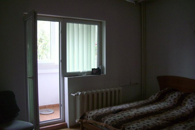 vanzare apartament decomandat, zona Doamna Ghica, orasul Bucuresti, suprafata utila 70 mp