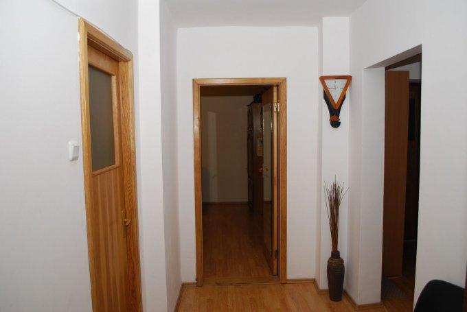 agentie imobiliara vand apartament decomandata, in zona 13 Septembrie, orasul Bucuresti