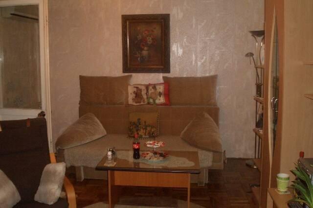 vanzare apartament decomandata, zona Titan, orasul Bucuresti, suprafata utila 68 mp