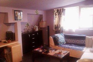 Bucuresti, zona Mosilor, apartament cu 3 camere de vanzare