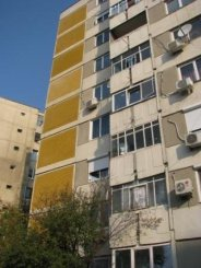 vanzare apartament cu 3 camere, decomandat, in zona Bucur Obor, orasul Bucuresti