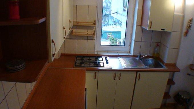 inchiriere apartament semidecomandat-circular, zona Victoriei, orasul Bucuresti, suprafata utila 70 mp