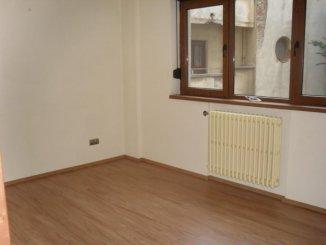 Bucuresti, zona Dacia, apartament cu 3 camere de vanzare