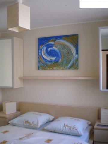inchiriere apartament cu 3 camere, semidecomandat, in zona Victoriei, orasul Bucuresti
