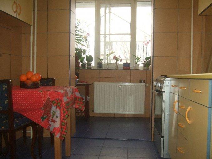 vanzare apartament decomandat, zona Rahova, orasul Bucuresti, suprafata utila 66 mp