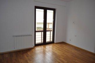 vanzare apartament cu 3 camere, semidecomandat, in zona Soseaua Nordului, orasul Bucuresti