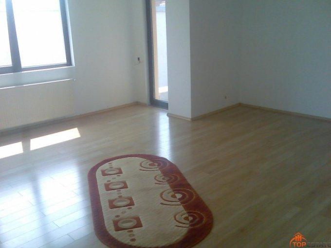 vanzare apartament semidecomandata, zona Grivita, orasul Bucuresti, suprafata utila 115 mp