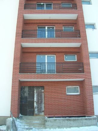 Apartament cu 3 camere de vanzare, confort Redus, zona Baneasa,  Bucuresti