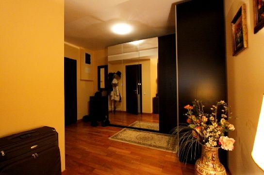 inchiriere apartament cu 3 camere, semidecomandata, in zona Herastrau, orasul Bucuresti