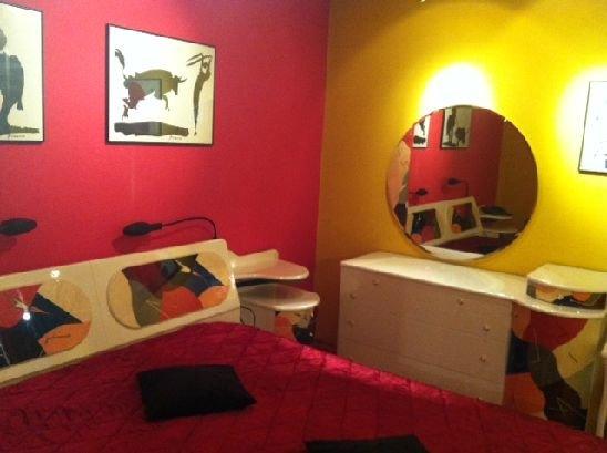 agentie imobiliara inchiriez apartament semidecomandata, in zona Unirii, orasul Bucuresti