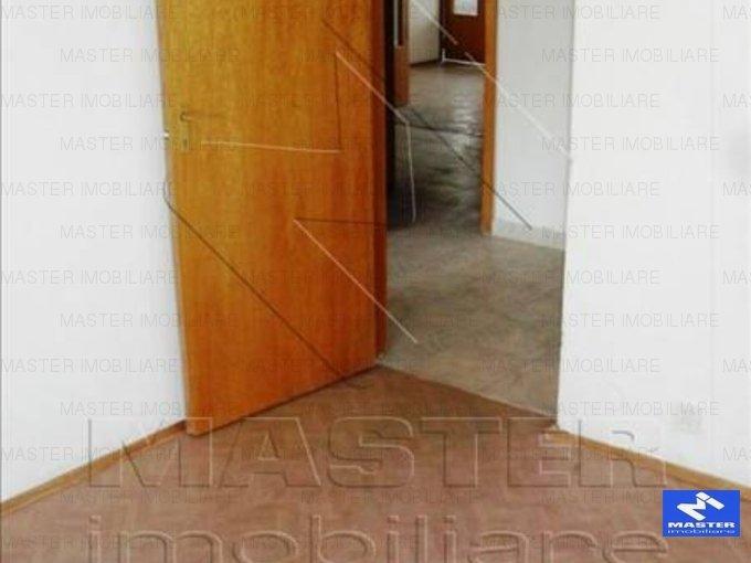inchiriere apartament semidecomandat, zona Unirii, orasul Bucuresti, suprafata utila 100 mp