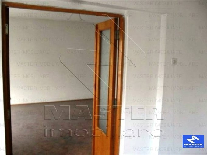 Apartament cu 4 camere de inchiriat, confort 1, zona Unirii,  Bucuresti