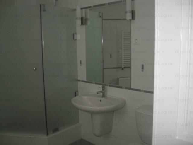 inchiriere apartament cu 4 camere, decomandat, in zona Batistei, orasul Bucuresti