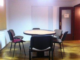 vanzare apartament decomandat, zona Piata Victoriei, orasul Bucuresti, suprafata utila 108 mp