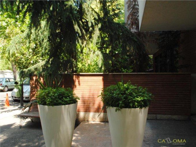 vanzare apartament cu 4 camere, decomandat, orasul Bucuresti