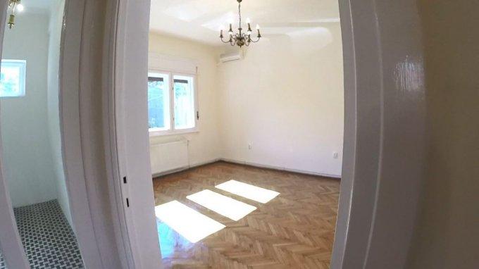 Apartament vanzare Dacia cu 4 camere, la Parter / 2, 2 grupuri sanitare, cu suprafata de 92 mp. Bucuresti, zona Dacia.