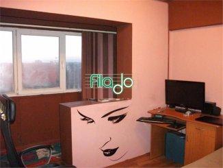 vanzare apartament cu 4 camere, semidecomandat, in zona Tineretului, orasul Bucuresti