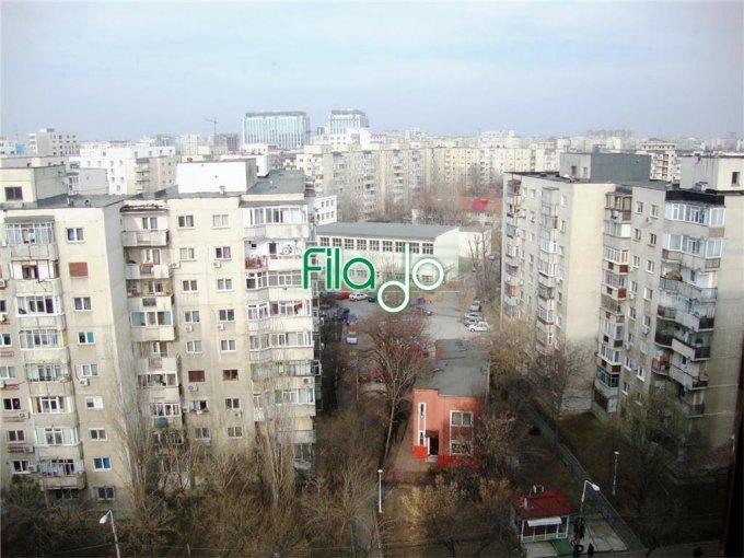 Apartament de vanzare direct de la agentie imobiliara, in Bucuresti, in zona Tineretului, cu 95.000 euro. 2 grupuri sanitare, suprafata utila 75 mp.
